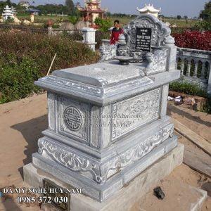 mộ đá đẹp; mộ bành đá đế chân quỳ; mộ đá tam sơn; mộ ngai đá; mộ không mái đá;