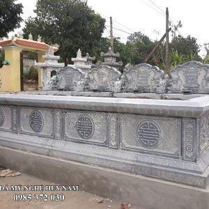 Mộ tư đá, bốn ngôi mộ bành đá liền nhau kích thước 5,55mx2,27m, mộ đá đẹp, mộ bành đá, mộ đá tam sơn, mộ bốn bằng đá